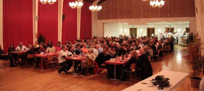 Décembre 2012 – Soirée de l'Association « Raclette et Lumières » à la salle communale de Plan-les-Ouates
